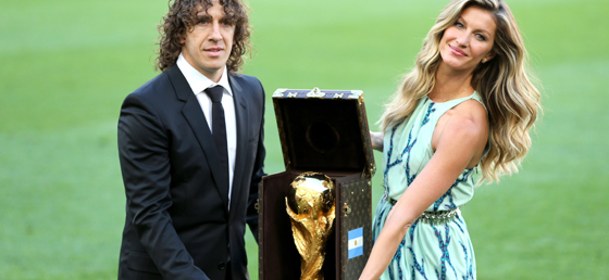 carrying the world cup trophy july 13 2014 (1)